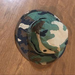 Other - Camo bucket hat 7 1/4